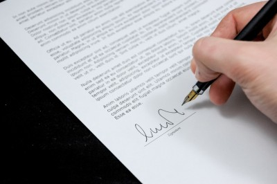 document-agreement-documents-sign-48195 - legal services
